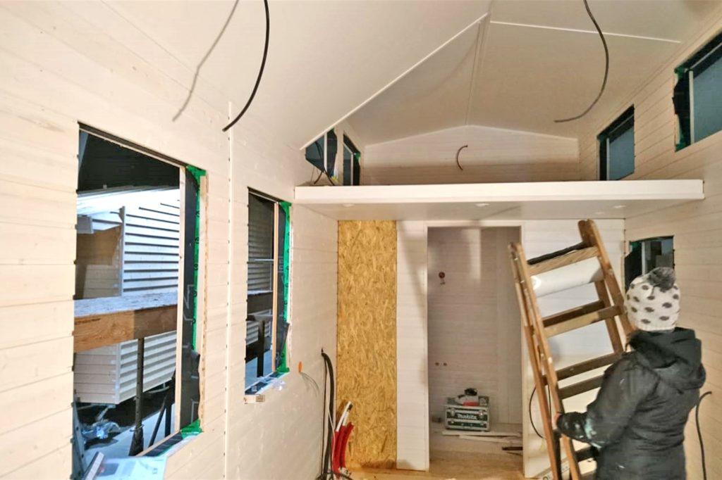 23 Quadratmeter Wohnfläche auf zwei Ebenen bietet Kathi Wilmers Minihaus.