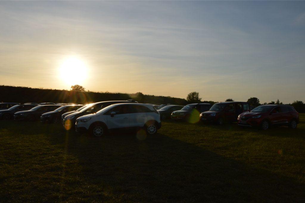 Autokino-Konzert in traumhafter Kulisse. Über 40 PKWs fuhren in den Nordlippe-Park.