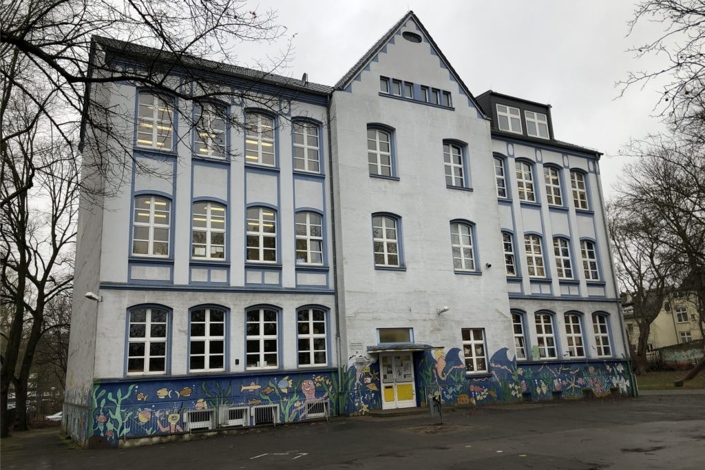 Die Ketteler-Grundschule verlässt zum Schuljahr 2020/21 ihr altes Gebäude an der Fällackerstraße. Sie ist bisher ohne Corona-Fälle.