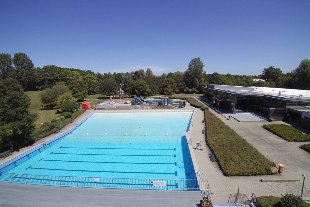 Maximal 1118 Badegäste sind im Aquahaus unter Pandemievorgaben zeitgleich erlaubt.
