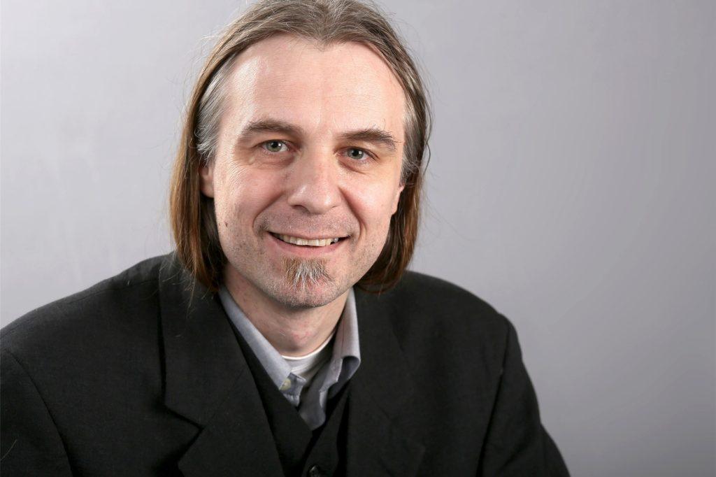 Utz Kowalewski tritt für die Linke als Oberbürgermeisterkandidat an und hält die OWIIIa nicht für notwendig.