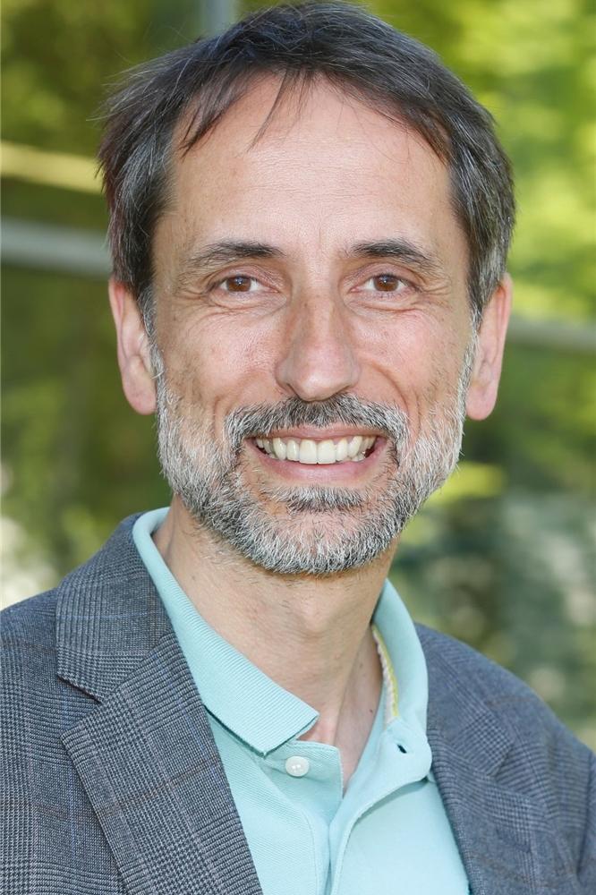 Dr. Michele Cagnoli ist stellvertretender ärztlicher Leiter der LWL-Klinik in Marl-Sinsen.