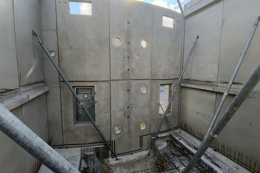 Ein Blick auf die Baustelle des Trinkwasserspeichers