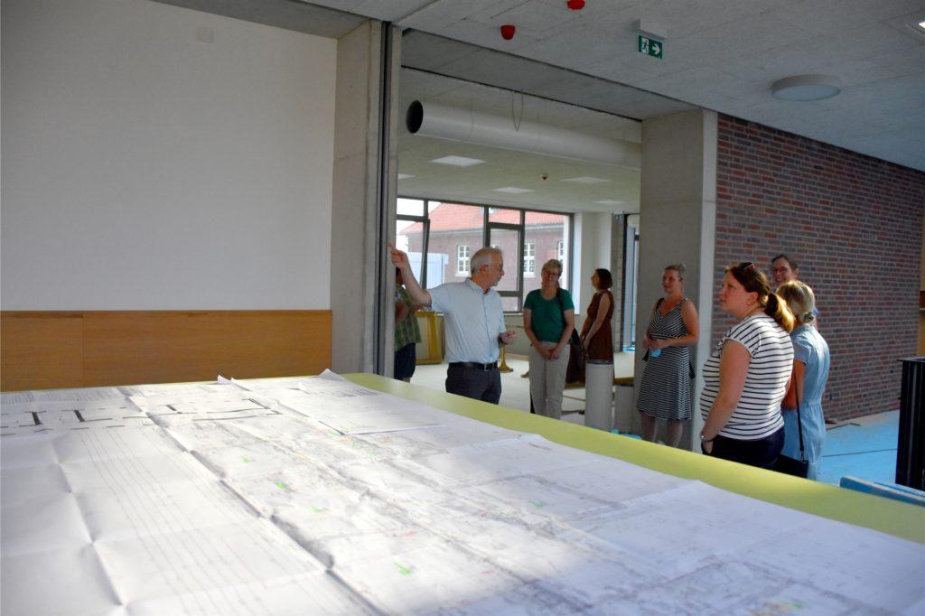 Insgesamt verschlingen die Planungen rund um Abriss und Neubau an der St. Vitusgrundschule rund 6,2 Millionen Euro.