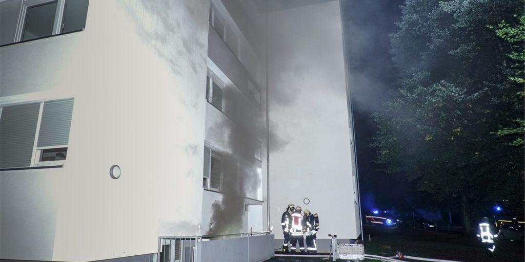 Am Sonntag löschte die Feuerwehr unter anderem einen Kellerbrand in Kirchlinde. Das Merhfamilienhaus gehört der Vonovia.