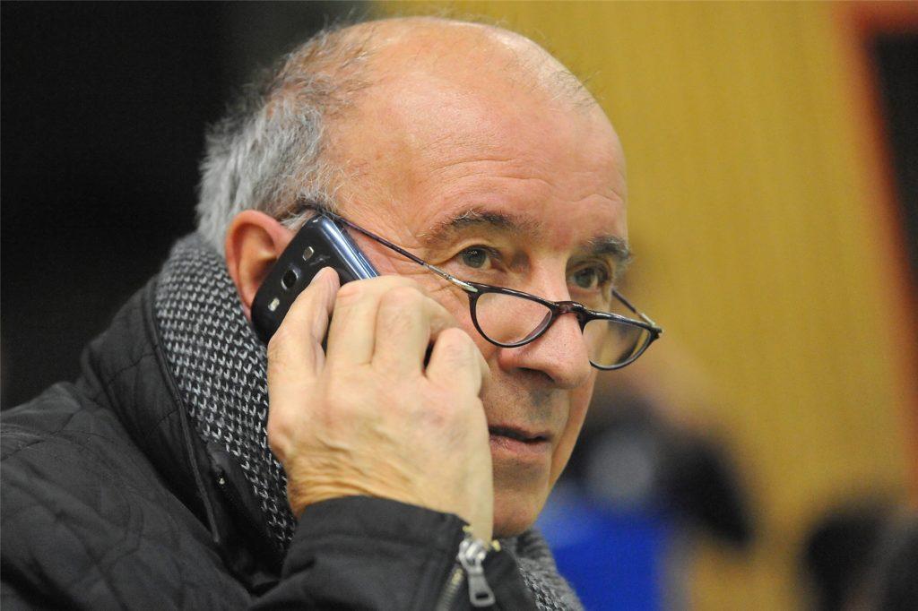 Reporter Hans-Jürgen Weiß hat in den vergangenen Jahrzehnten unzählige Partien aller Vereins in der Liga und bei den Stadtmeisterschaften verfolgt.