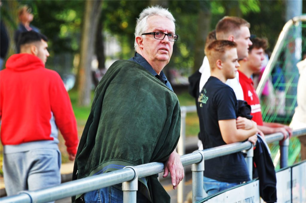 Klaus Overwien, Funktionär als Pokalspielleiter, VFA-Mitglied und Staffelleiter mehrer Ligen im FLVW.