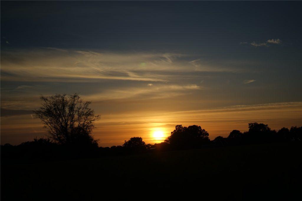 Einen schöneren Abschluss als diesen Sonnenuntergang hätte die Kanutour nicht finden können.