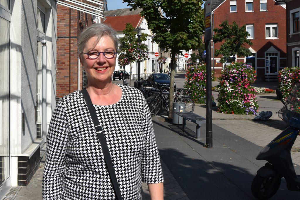 Dr. Anna Blumberg (63) wünscht sich mehr Betätigungsmöglichkeiten für Jugendliche.