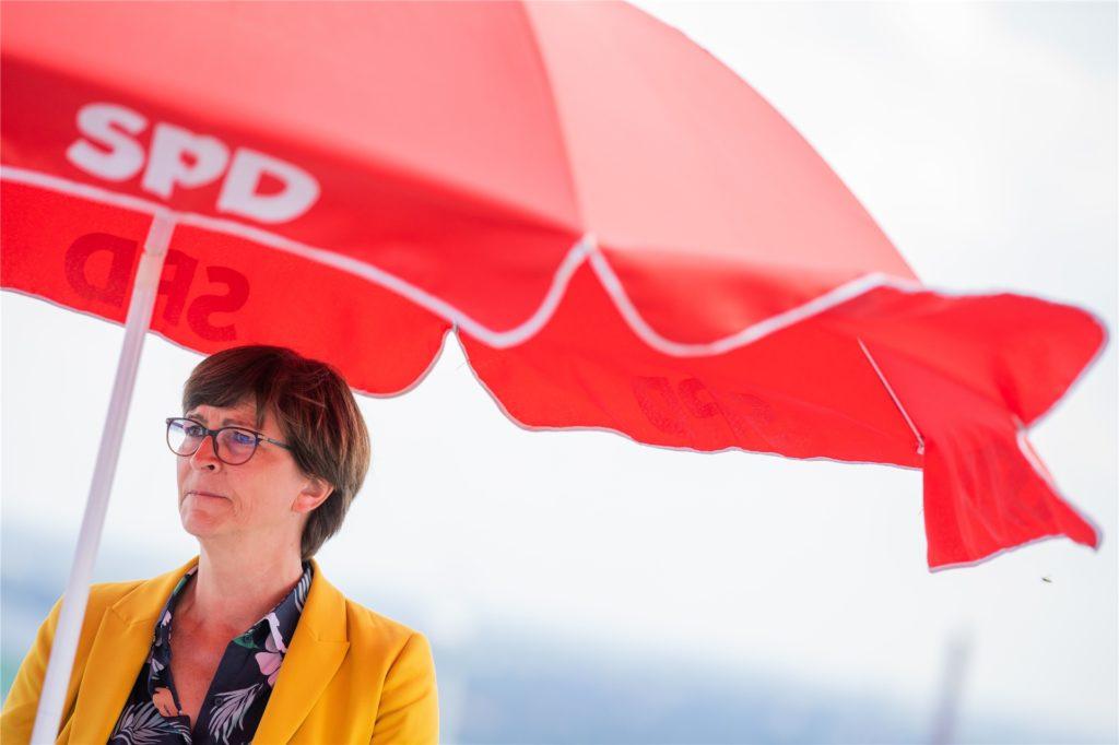 SPD-Parteivorsitzende Saskia Esken äußerte sich enttäuscht über das Abschneiden ihrer Partei bei der Kommunalwahl in NRW.