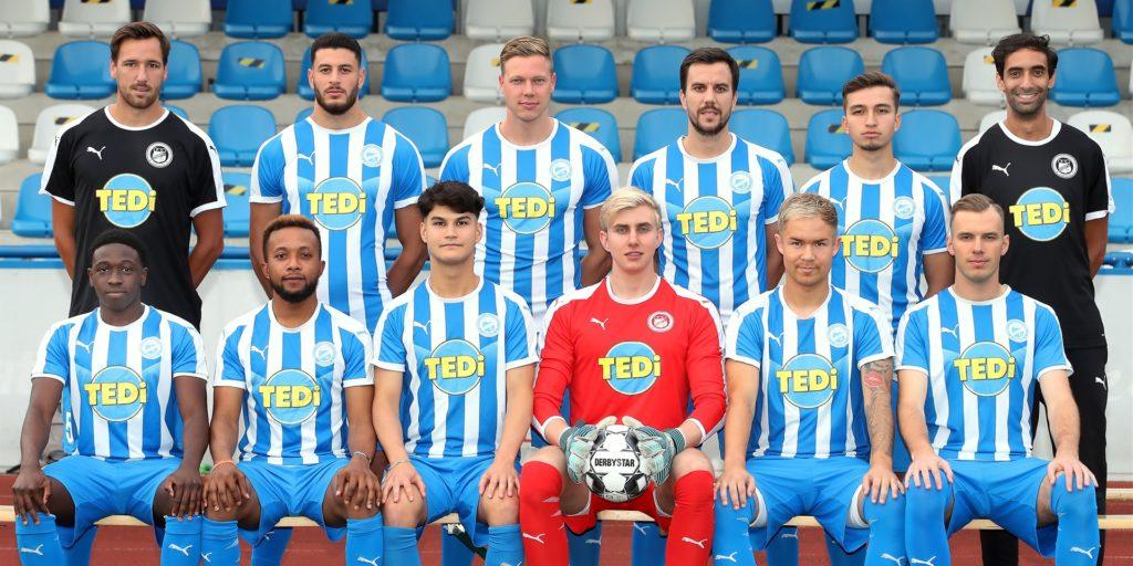 Die Brünninghausen-Trainer Florian Gondrum (l.) und Rafik Halim mussten zu Beginn der Saison direkt auf einen ihrer Neuzugänge verzichten.