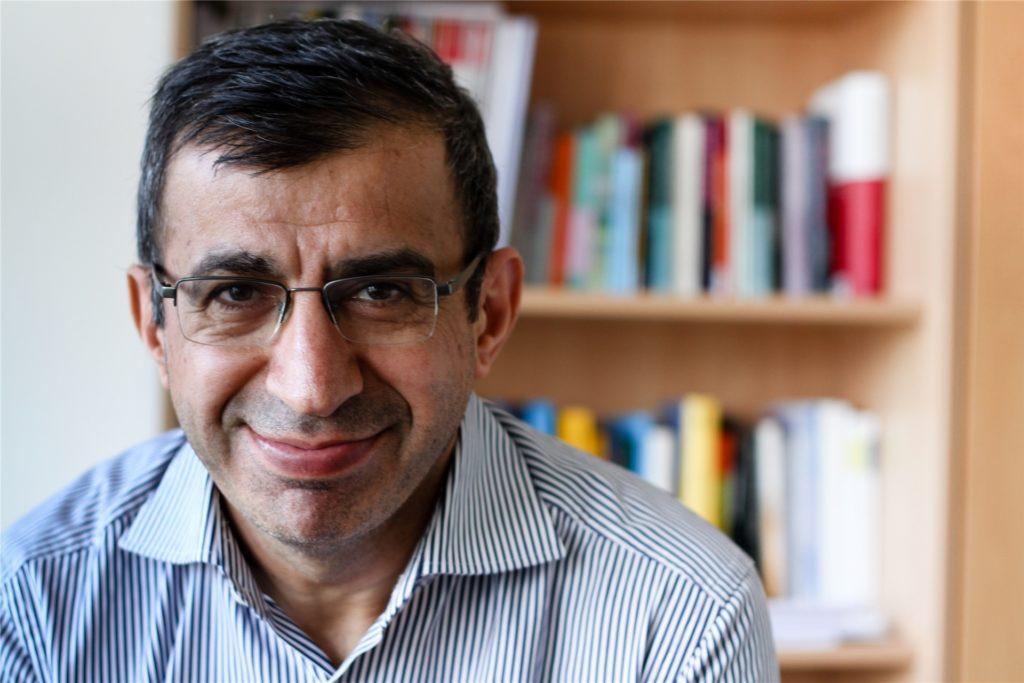 Professor Ahmet Toprak von der FH Dortmund hält traditionelle arabische Hochzeiten mit Hygienekonzept für kaum möglich.