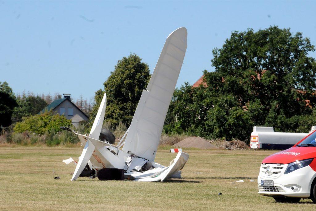 Für den 57-jährigen Piloten des abgestürzten Ultraleichtflugzeugs vom Typ Zlin Aviation Savage kam jede Hilfe zu spät.