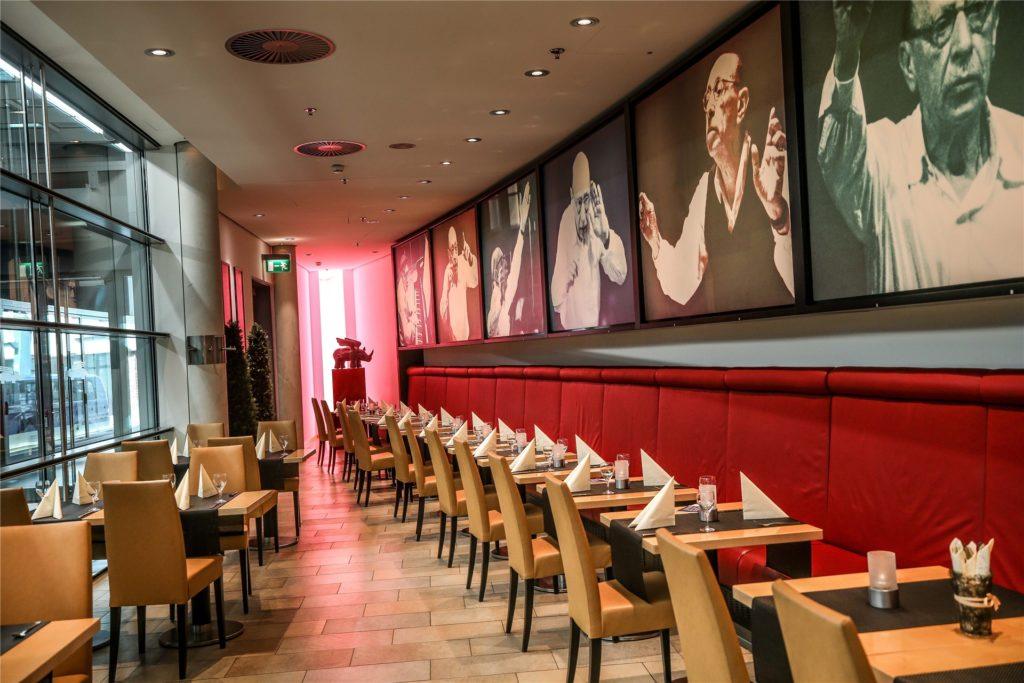 Die Stühle im Restaurant Stravinski bleiben zumindest im November unbesetzt. Dafür sorgt der neuerliche Lockdown in der Gastronomie.