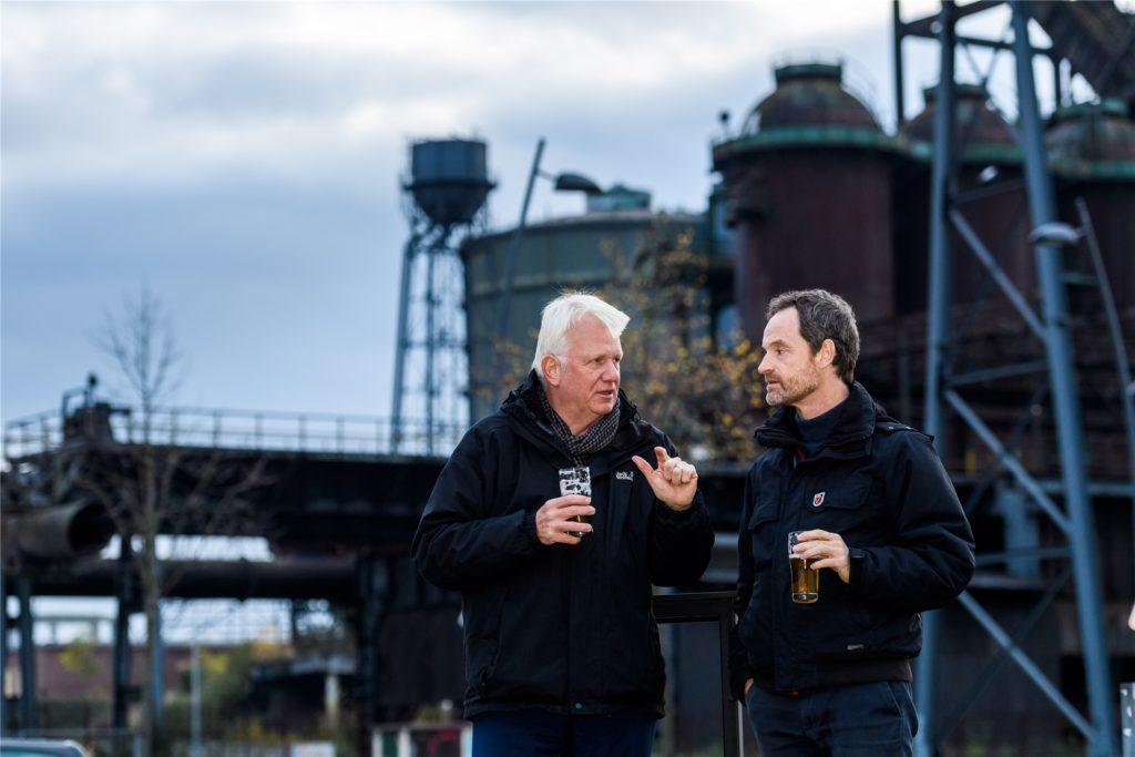 Bei einem Friedensgipfel auf Phoenix-West legten Dortmunds OB Ullrich Sierau und Faber-Darsteller Jörg Hartmann den Streit bei.