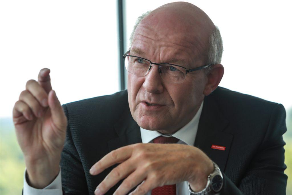 Berthold Schröder, Präsident der Handwerkskammer Dortmund, lobt in der Krise die Robustheit des Handwerks
