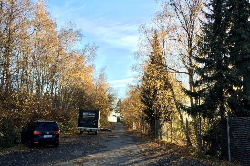 Die Zeche-Crone-Straße soll durchgebaut werden bis zur Hacheneyer Straße und dann hier entlangführen. Bisher endet sie am EDG-Hof.