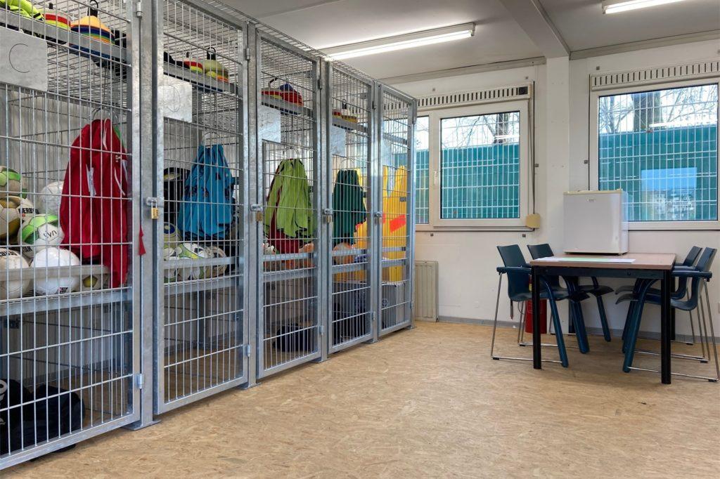 Rund eineinhalb Jahre hat die Planung und die Installation des Containers für die Jugendtrainer des ETuS Haltern gedauert.