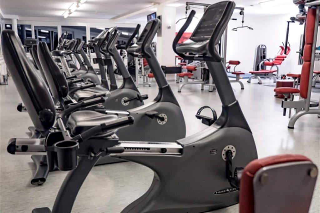 Für einige der Geräte in Holger Kopps Fitnessstudio müssen auch während des Lockdowns Leasingraten bezahlt werden
