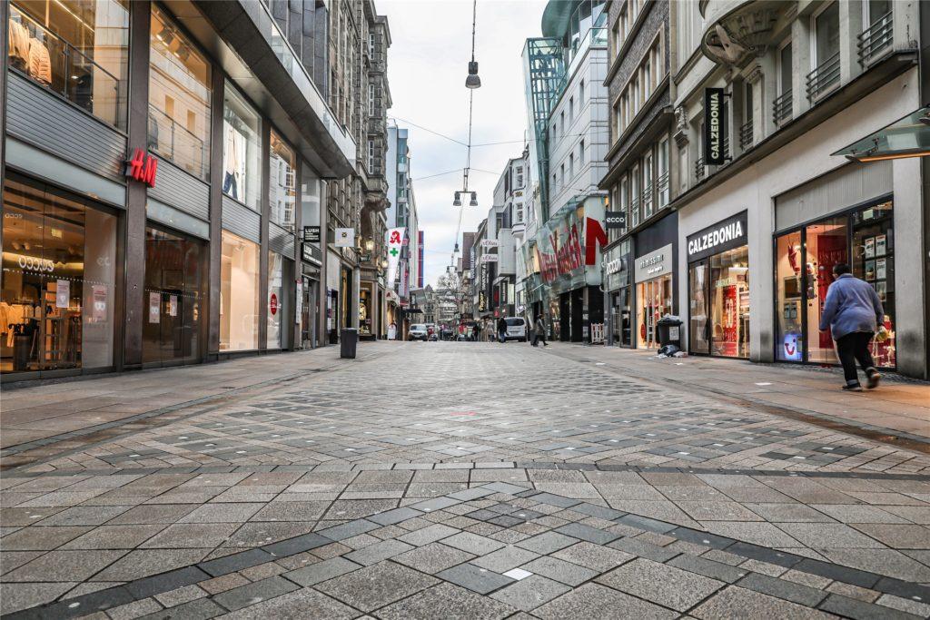 Wie ausgestorben ist der Westenhellweg in Dortmund im aktuellen Lockdown