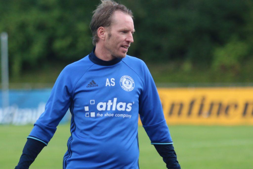 Axel Schmeing trainierte fünf Jahre lang den Holzwickeder SC.