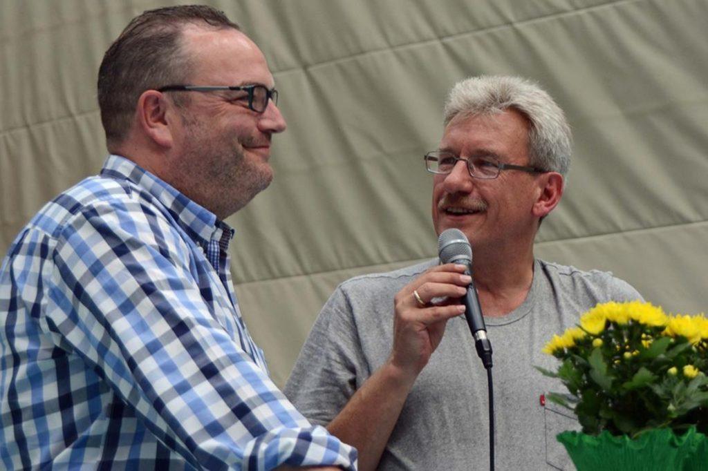Barthold Budde (rechts) interviewte bei Veranstaltung den früheren Bürgermeister Bodo Klimpel.