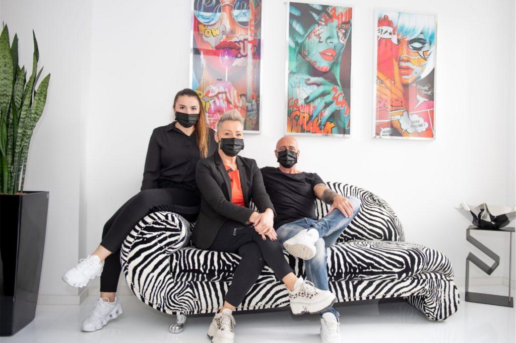 Catharina, Nicole und Alexander Handtke (v.l.) bieten an der Wißstraße in Dortmund verschiedene Kosmetik-Leistungen an.