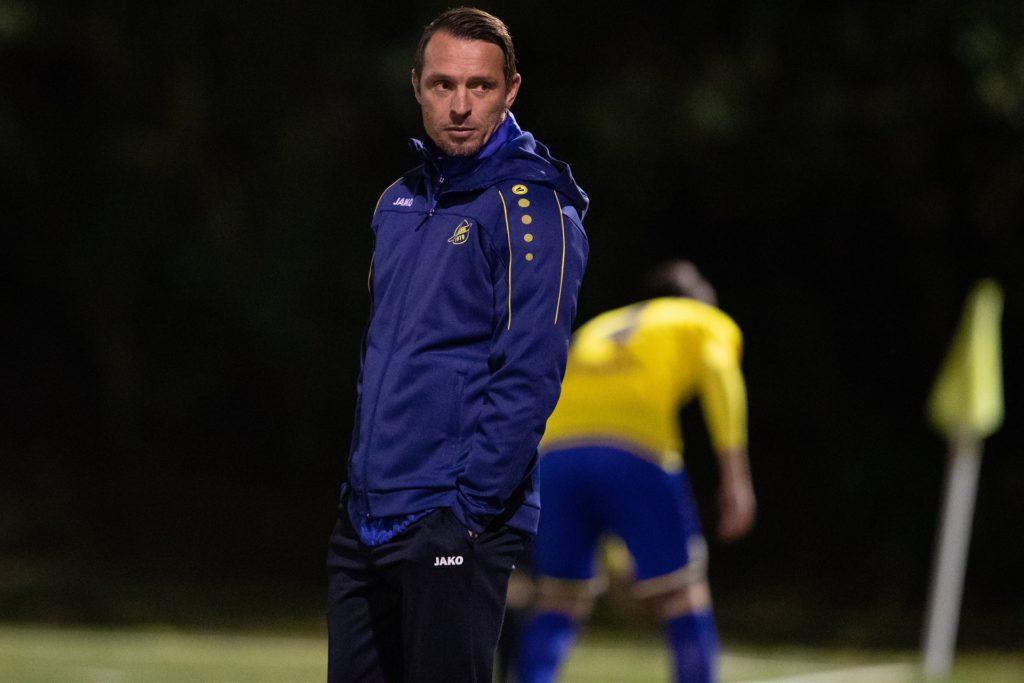 Trainer Benjamin Siegert würde mit dem SV Herbern lieber nach einer kompletten Saison aufsteigen.