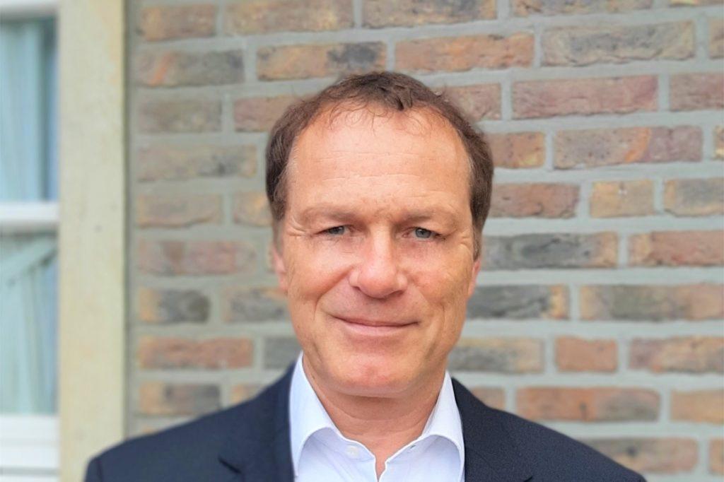 Der FDP-Fraktionsvorsitzende Dr. Albert Daniels