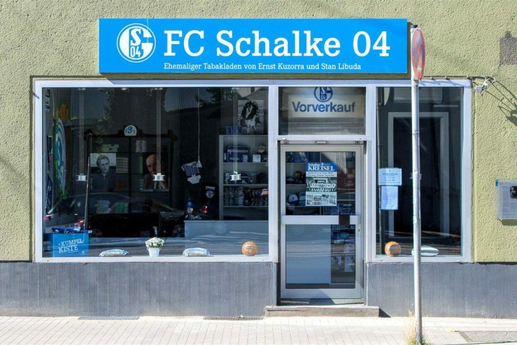 Der ehemalige Tabakladen in Gelsenkirchen-Schalke an der Kurt-Schumacher-Straße.