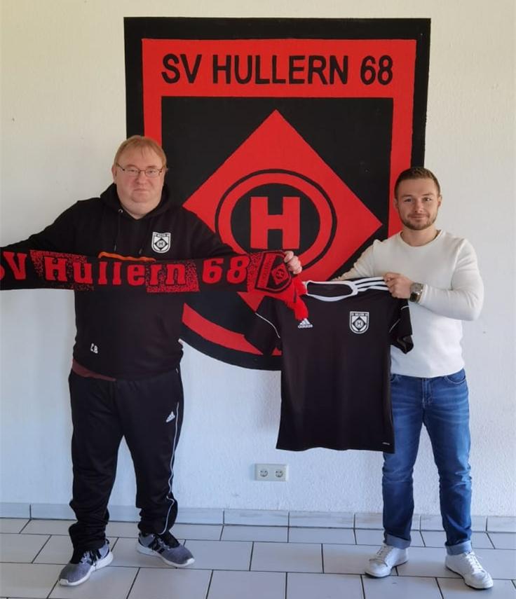 Hullerns Trainer Christoph Bafs-Dudzik (l.) freut sich, dass Chris Meyer (r.) im Sommer nach zwei Jahren bei Concordia Flaesheim nach Hullern zurückkehrt.
