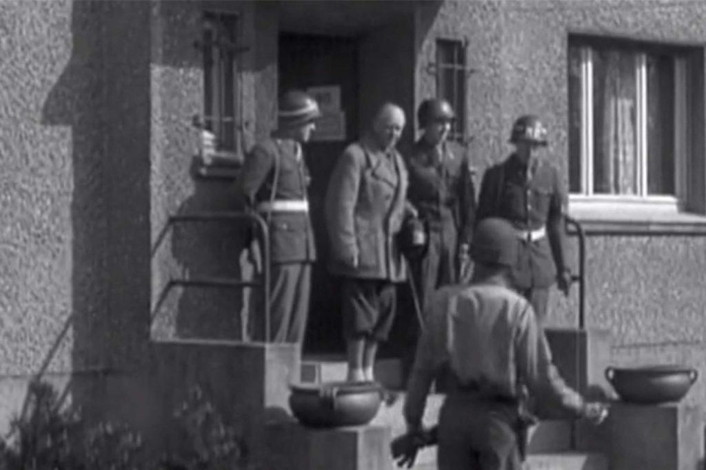 Nach dem Krieg wurde der ehemalige Reichskanzler im Hauptquartier der US-Armee an der Römerstraße in Haltern verhört.