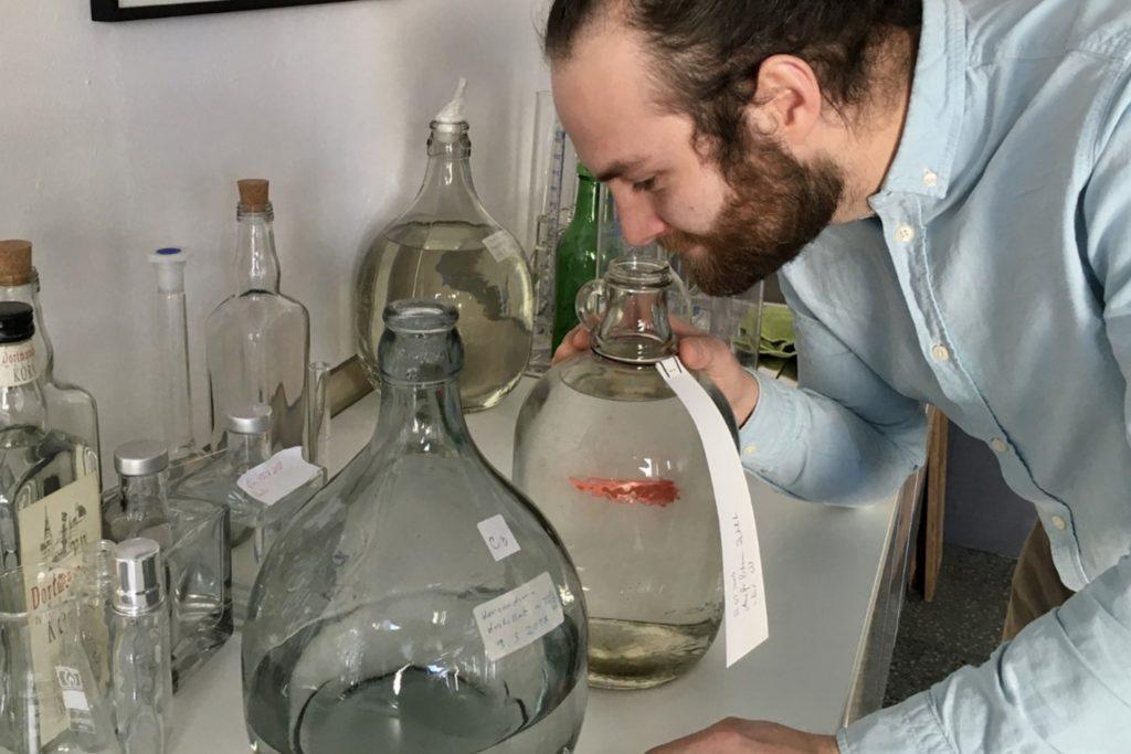 Das Destillat aus Amalfi-Zitronen durftet himmlisch nach Frucht und Sonne.