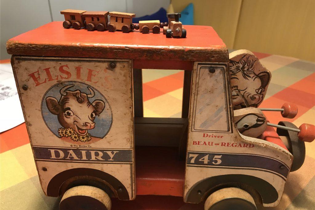 Eigene Spielzeuge aus ihrer Kindheit dienten der Lembeckerin als Vorbilder.