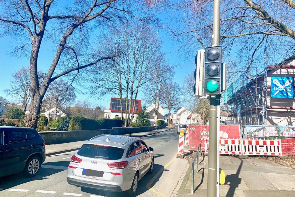 Die Verkehrssituation an der Aplerbecker Straße soll noch einmal genau betrachtet werden.
