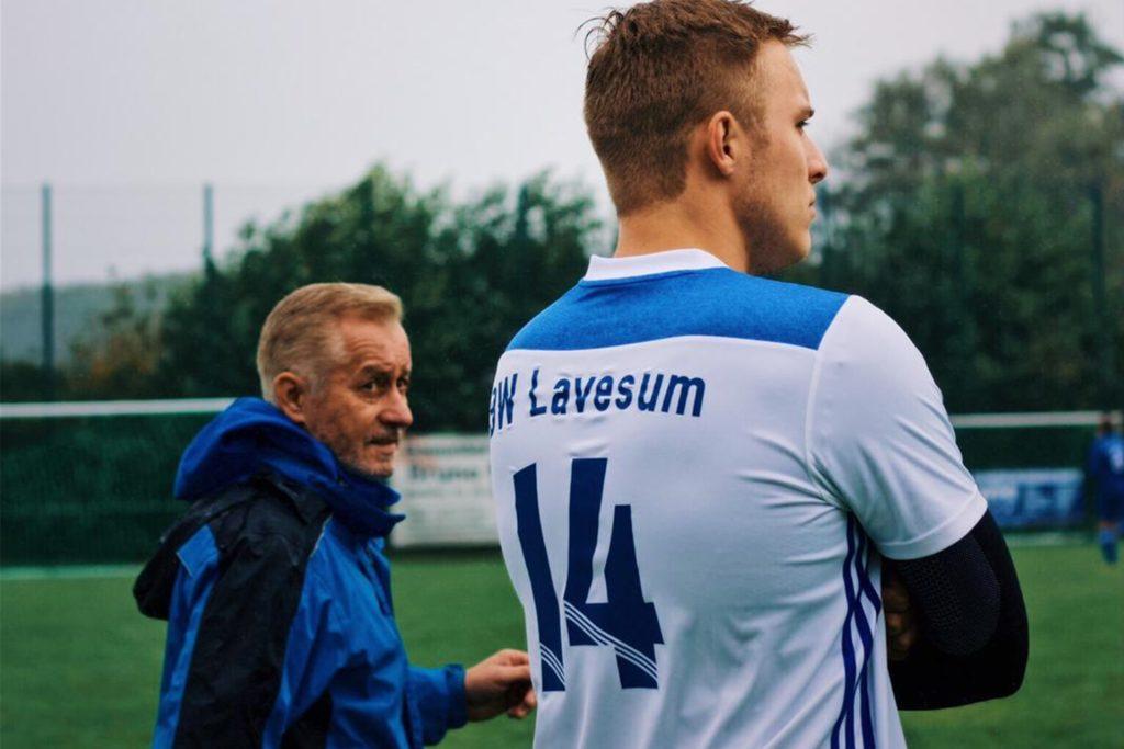 René Kownatka (l.) ist sowohl im Jugend- als auch im Seniorenbereich von BW Lavesum aktiv.