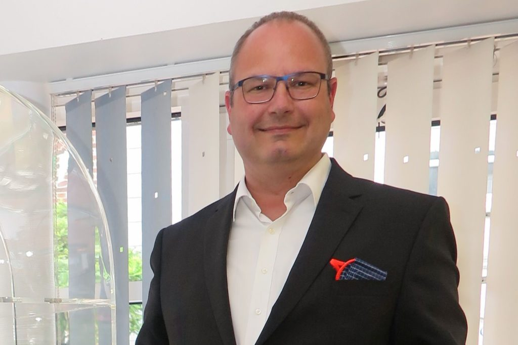 Wolfgang Lensing (Volksbank) warnt vor den Betrügern: