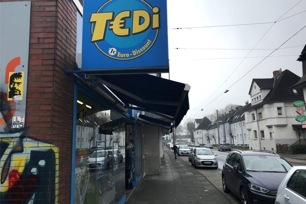 Bei Tedi an der Ickerner Straße (Foto) und an der Langen Straße kann man nur direkt am Laden Termine machen.
