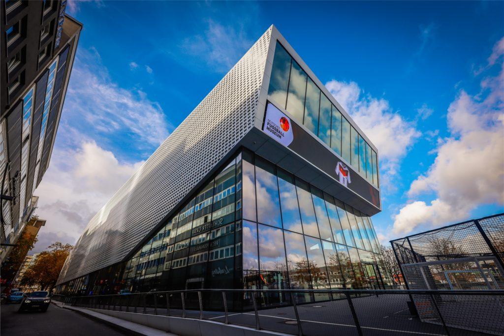 Das Deutsche Fußballmuseum freut sich ab dem 13. März wieder auf Besucher.