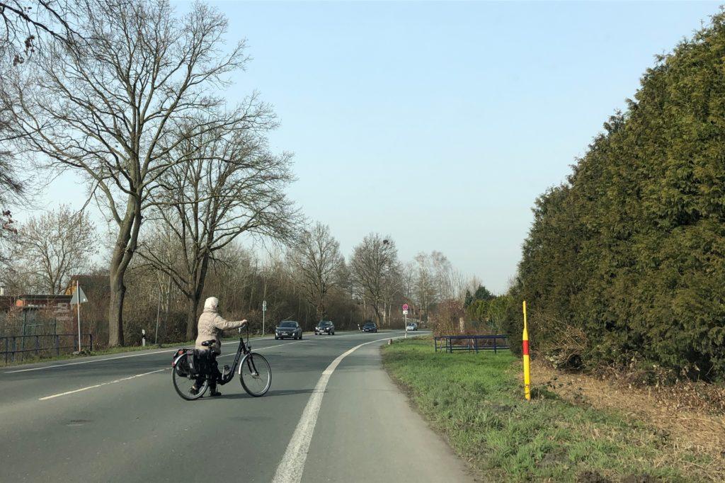 Manchmal muss man sich ganz schön sputen, um die Münsterlandstraße zu überqueren.
