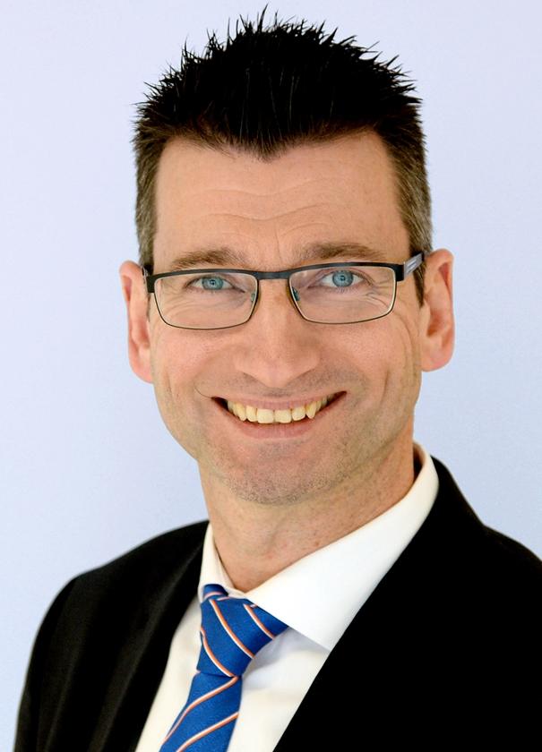 Holger Althoff ist Filialleiter der Sparda-Bank in Haltern. Er lobt den Teamgeist des Teams.