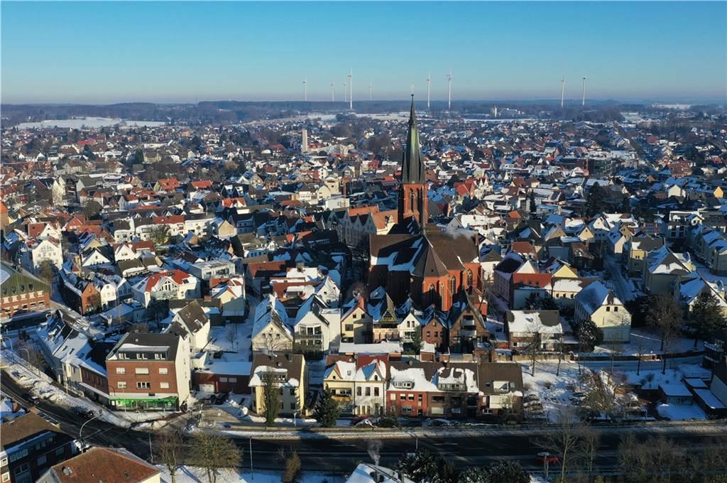 Die Sixtuskirche als Mittelpunkt der Innenstadt.