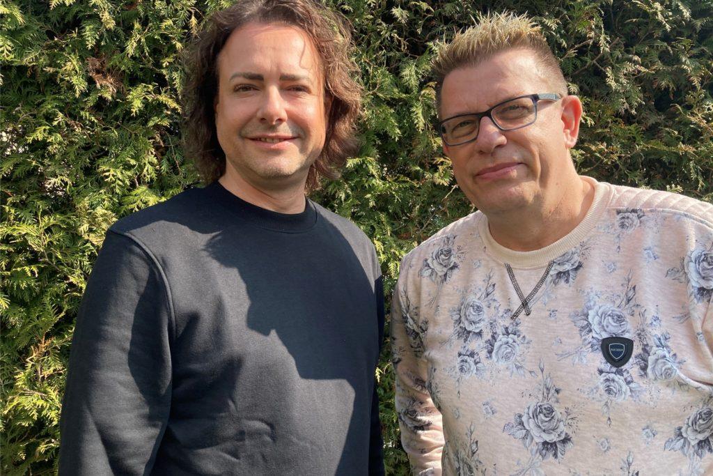 Karsten (l.) und Jörg Schlösser organisieren gemeinsam die Aids-Gala in Castrop-Rauxel.