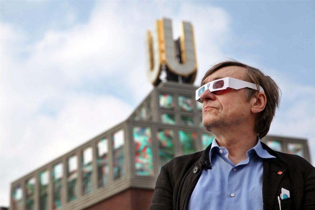 Immer offen für Innovationen: Sogar schon 3D-Filme brachte Adolf Winkelmann auf den U-Turm.