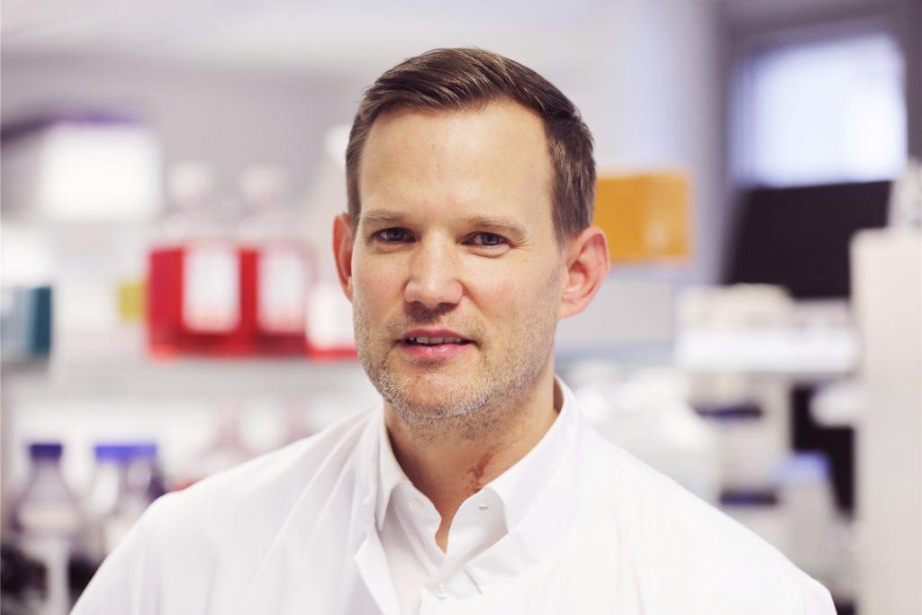 Hendrik Streeck ist Professor und Virologe an der Medizinischen Fakultät der Universität Bonn. Er warnt vor Ausgangssperren als Maßnahme zur Eindämmung des Coronavirus.