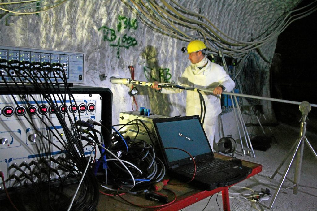 Die Erkundungsarbeiten im Salzstock Gorleben, hier ein Bild aus dem Jahr 2011, werden nicht fortgeführt. Die Salzstöcke sind nach Expertenmeinung für eine Endlagerung nicht geeignet. Jetzt sucht  die Bundesgesellschaft für Endlagerung bundesweit nach einem neuen Standort für ein Endlager. Dabei gerät auch der Kreis Borken in den Blick.