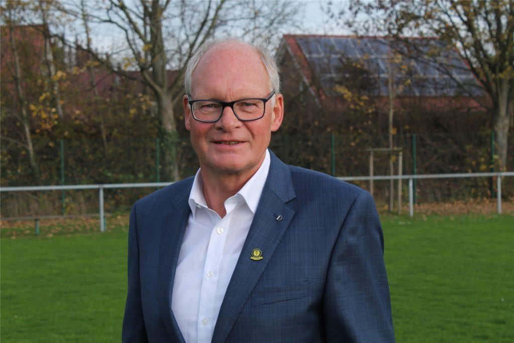 """Der aktuelle Vorsitzende des SC Capelle, Josef Mertens, erinnert sich an sein persönliches Highlight: """"Ganz klar die Meisterschaft""""."""