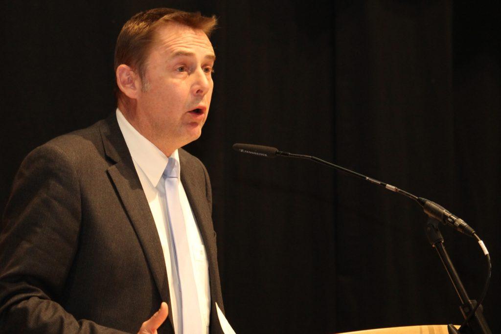 Gegenkandidat Dr. Jan Hoffmann bekam sieben Stimmen, Hubert Hüppe 52 – ein nahezu identisches Ergebnis wie vor der Wahl 2017.