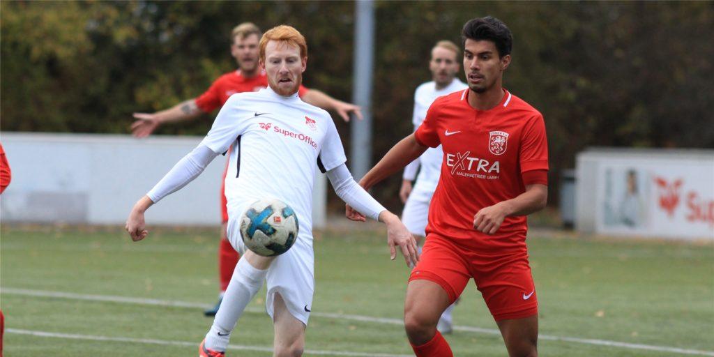 Der Ex-Lüner Jeffrey Malcherek (r.) ist mittlerweile in der Regionalliga West am Ball.