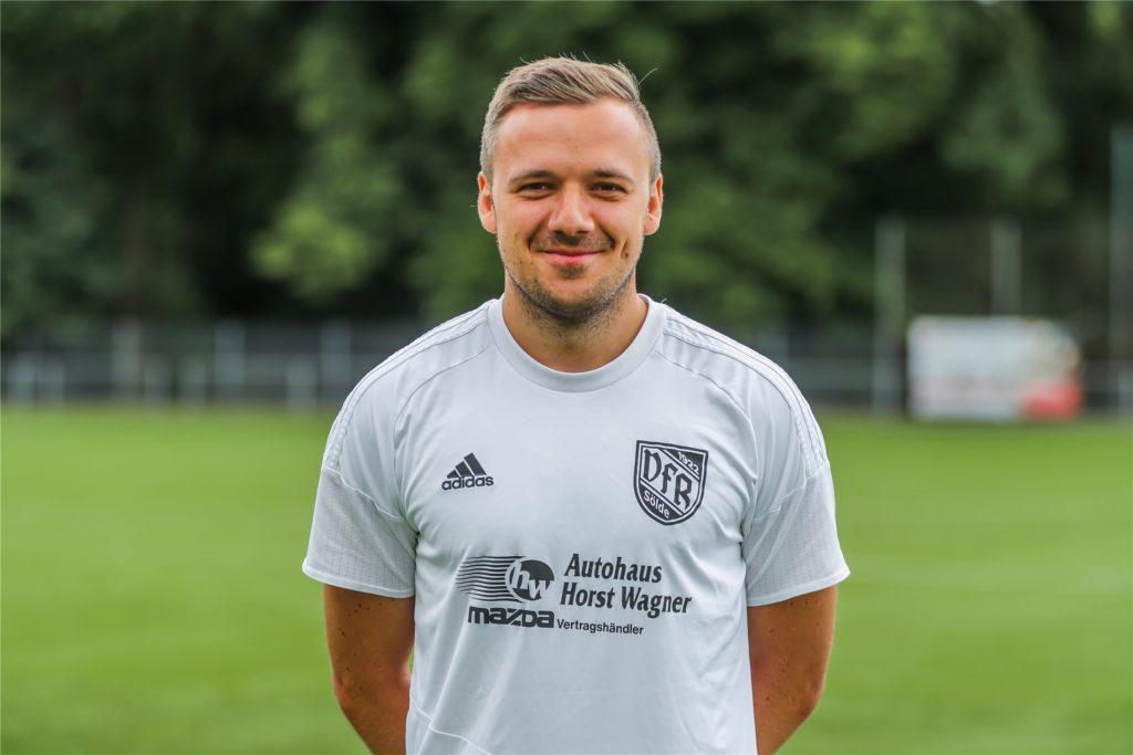 Kapitän des VfR Sölde: Kevin Kastner.